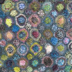 Tufted Circles - Dark - Sophie Digard crochet