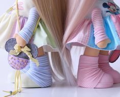 Ножки в наличии ))) #milahandycrafts #handmadepresent #handmadedoll #textiledoll #interiordoll #minniemouse #minnie #daisyduck #disneyland #fabric #cotton #whiteangel #кукла #интерьернаякукла #текстильнаякукла #подарокна8марта #дисней #диснейленд #шьюкукол #творческаямастерская #творческаямама #тильда #большеножка #куклыручнойработы #длядочки #кукольныймир