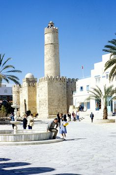 Sousse, el Ribat, Tunesie East Africa, North Africa, Travel Around The World, Around The Worlds, Holiday Places, Islamic Architecture, Tourist Places, Travel Memories, Ancient Civilizations