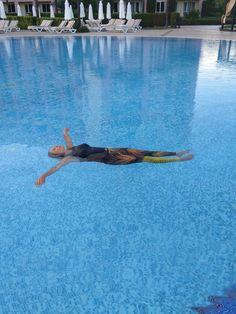 Aguamiu uimaleggings on uima-asu uutuus uimahalli- ja kylpyläkäyttöön
