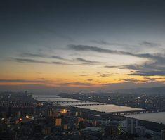 Sunset over Osaka . . . #japan #city #skyline #sunset #beautiful #orange #osaka #building #travel #travelphotography #travelgram #passionpassport #welivetoexplore #earthpix #nature #lifeofadventure #tourtheplanet #letsgosomewhere #picoftheday #landscape #landscapephotography #wanderlust #ourplanetdaily #stayandwander #mothernature #wildernessculture #wonderful_places #exploretocreate #theglobewanderer #backpackersjournal Landscape Photography, Travel Photography, Osaka Japan, Our Planet, Wonderful Places, Wilderness, Airplane View, Wanderlust, Hiking