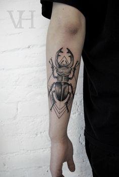 Beetle Tattoo... This is just SICK... I LOVE IT!!!! art tat by Valentin Hirsch