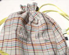 Fête des pères : look père-fils ou père-fille pour un trio d'écharpes en voile de coton écossais dans un sac assorti : Echarpes par lunitesieste