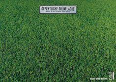 Read more: https://www.luerzersarchive.com/en/magazine/print-detail/dsr-6208.html DSR Public green. Campaign promoting billboards as an advertising medium. Tags: Frank Nesemann,Frank Hahn,Jung von Matt, Hamburg,DSR