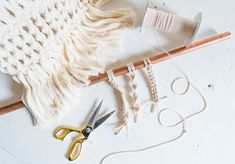 A Pair & A Spare | The Ultimate Macramé Knotting Guide