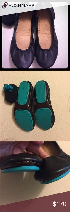 Tieks by Gavrieli size 6 black. Black Tieks size 6. Worn once. Listed on Merc too. Price is firm. Lowballers move along. Tieks Shoes Flats & Loafers