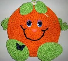 Crochet Happy orange, wall deco, by Jerre Lollman Crochet Hot Pads, Crochet Case, Crochet Towel, Crochet Teddy, Crochet Potholders, Crochet Blocks, Cute Crochet, Crochet Motif, Halloween Crochet