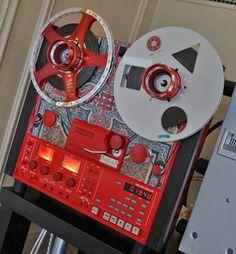 tascam_leo_556 - Remix Numérisation - www.remix-numerisation.fr - Rendez vos souvenirs durables ! - Sauvegarde - Transfert - Copie - Digitalisation - Restauration de bande magnétique Audio - MiniDisc - Cassette Audio et Cassette VHS - VHSC - SVHSC - Video8 - Hi8 - Digital8 - MiniDv - Laserdisc - Bobine fil d'acier - Micro-cassette - Digitalisation audio - Elcaset