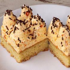 Sütőtökből – a krémlevesen túl: 7 édes lehetőség sütőtökkel | Mindmegette.hu Vanilla Cake, Panna Cotta, Cheesecake, Muffin, Food, Dulce De Leche, Cheesecakes, Essen, Muffins