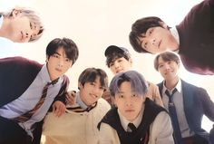 New BTS Japanese single 'Stay Gold' out in April, first single of the Japanese album out this summer! Jung So Min, Bts Taehyung, Bts Bangtan Boy, Jimin Jungkook, Jikook, Bts Poster, Japanese Singles, Bts Group Photos, Thing 1
