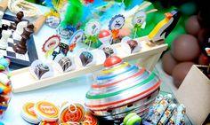 Brinquedos antigos dão charme às festas infantis
