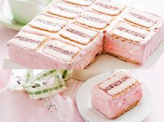 PeIced VoVo strawberry ice-cream slice recipe recipe - New Idea Magazine - Yahoo!7 Lifestyle