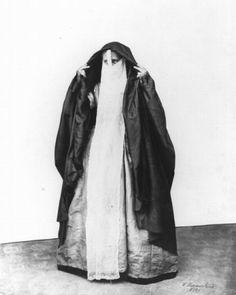 Woman. Historic Egypt photo.