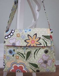 Lunch Box Tutorial ... adorable!  Add a pocket or two and you have a small purse.