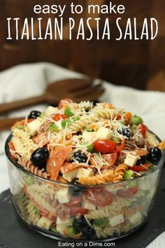 Classic Italian Pasta Salad 1 16 ounce package of rotini pasta (We love the multi-colored) 2 cups of cherry tomatoes, halved pound of mozzarella cheese, cubed pound sliced pepperoni, cut in half 1 large green bell pepper, diced 1 can of black olive Easy Pasta Salad Recipe, Best Pasta Salad, Easy Salad Recipes, Pasta Salad Recipes Cold, Tortellini, Penne, Italian Dressing Pasta Salad, Italian Pasta, Italian Salad