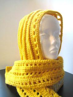 Aesthetic Hooded Scarf (Free Crochet Pattern)
