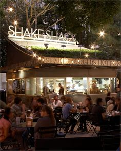 Shake Shack NYC (Madison Square Park) | Our favorite date night eats