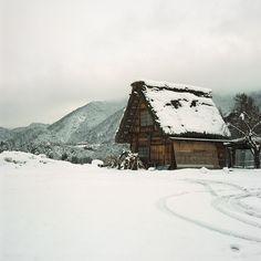 Snow, winter, cabin, mountains
