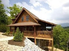 Gatlinburg, TN Covered Wagon Lodge