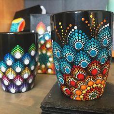 tattoo - mandala - art - design - line - henna - hand - back - sketch - doodle - girl - tat - tats - ink - inked - buddha - spirit - rose - symetric - etnic - inspired - design - sketch Glass Painting Designs, Dot Art Painting, Mandala Painting, Pottery Painting, Ceramic Painting, Bottle Painting, Bottle Art, Bottle Crafts, Mandala Painted Rocks