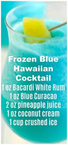 Frozen Blue Hawaiian Cocktail ~ It tastes like a tropical heaven. The Effective Pictures We Offer You About good Alcoholic Drinks A quality picture can tell you many things. You can find the most beau Party Drinks Alcohol, Alcohol Drink Recipes, Liquor Drinks, Mix Drink Recipes, Punch Recipes, Blue Hawaiian Cocktail, Hawaiian Cocktails, Hawaiian Parties, Blue Cocktails