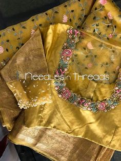 Hand Work Blouse Design, Simple Blouse Designs, Stylish Blouse Design, Blouse Neck Designs, Blouse Patterns, Wedding Saree Blouse Designs, Pattu Saree Blouse Designs, Lehenga Blouse, Saree Dress
