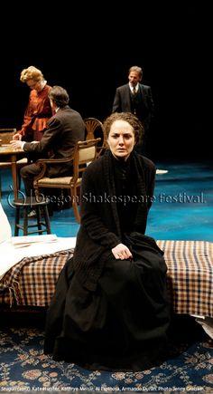 Oregon Shakespeare Festival. SEAGULL (2012): Kate Hurster, Kathryn Meisle, Al Espinosa, Armando Durán. Photo: Jenny Graham.