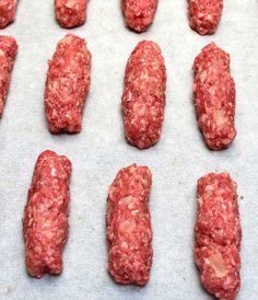 Čevabčiči na plechu v troubě » MlsnáVařečka.cz Sausage, Meat, Food, Sausages, Essen, Meals, Yemek, Eten, Chinese Sausage
