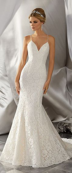 Fabulous Lace Spaghetti Straps Neckline Mermaid Wedding Dresses With Beadings