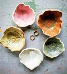 Candle Holders, Candles, Ceramics, How To Make, Pottery, Ceramica, Porta Velas, Candy, Ceramic Art