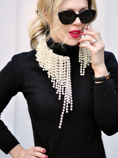 diy asymmetrical pearl necklace ~ dior