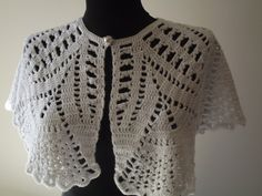 Women Capelet  White Lace Crochet Handmade Hand by nilsmake, $48.00