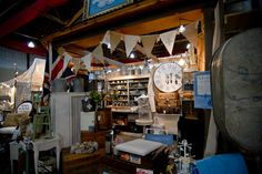 show booth for vintage / antique