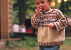 Kid and Toddler Knitting Patterns: Caramel Denim Fair Isle by Fiona Ellis