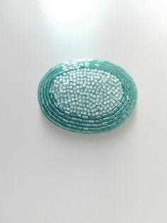 刺繍ブローチ maru 青緑の画像1枚目