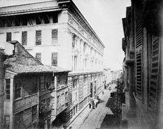 Sultan II.Abdülhamid fotoğraf arşivinden İstanbul'da hayat..Osmanlı Bankası, 1891-1892 (Karaköy)