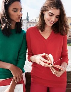 Cashmere Relaxed V-Neck Sweater Boden