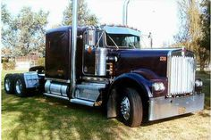 Kenworth - US Trailer Sales. Custom Big Rigs, Custom Trucks, Kenworth Trucks, Peterbilt, Cool Trucks, Big Trucks, Mens Trucker Hat, Trailers For Sale, Trailer Sales