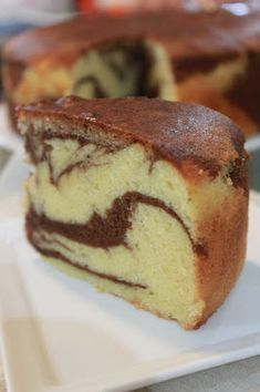 All time favourite - Classic Marble Cake Recipe adapted from Miss Tam Chiak ! Simple Marble Cake Recipe, Marble Cake Recipes, Sponge Cake Recipes, Pound Cake Recipes, Original Pound Cake Recipe, Classic Pound Cake Recipe, Vanilla Chiffon Cake Recipe, Vanilla Cake, Marbel Cake