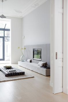 Respetuosa reforma de una vivienda centenaria por Remy Meijers