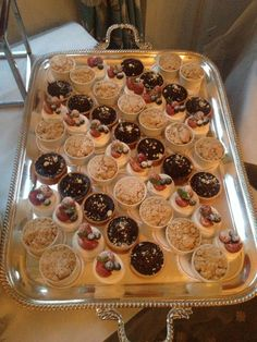 Mini Desserts Dessert Buffet, Mini Desserts, Waffles, Deserts, Party Ideas, Sweets, Weddings, Fruit, Breakfast