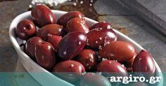 Φτιάξτε τις ελιές ξιδάτες, φυλάξτε τες σε γυάλινα βάζα και θα έχετε στο ψυγείο σας έτοιμο. Το πιο νόστιμο ορεκτικό!