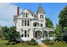 1884 Queen Anne located at: 618 North Wood Ave, Florence, AL