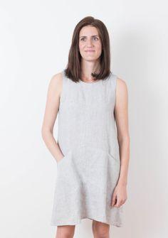 27cbd095b0 Buy the Farrow dress sewing pattern from Grainline Studio from The Fold  Line Diy Dress