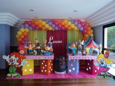 FESTA ELEGANTE DECORAÇÃO PARA FESTAS INFANTIS: Circo - com cores p/ menina