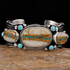 Pin by red michka on bohemian accessories ☮ ♡ ♡ ☮ in 2019 ук Ethnic Jewelry, Navajo Jewelry, Southwest Jewelry, Western Jewelry, Boho Jewelry, Jewelry Art, Silver Jewelry, Jewlery, Turquoise Cuff