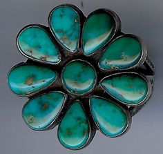 VINTAGE NAVAJO INDIAN SILVER GORGEOUS TURQUOISE FLOWER RING