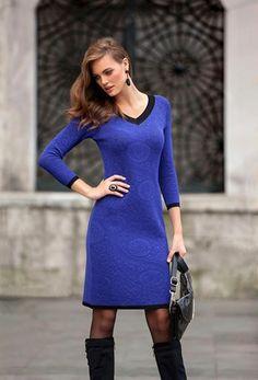 Elbise şıklığından vazgeçmem diyenleri #CarrefourSAKarşıyaka İkiler mağazamıza bekleriz.  #style #fashion #izmir