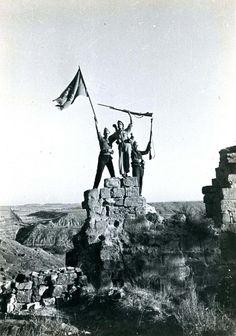 Monte Aragón tomado por las fuerzas republicanas, 30 de septiembre de 1936.. /Photographer Agustí Centelles