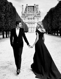 Elegant couple                                                                                                                                                                                 Más
